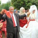 24'üncü çocuğunu böyle evlendirdi