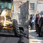 Demirci'de asfaltlama çalışmaları başladı