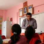 Suriyeli öğretmenler savaş mağduru çocukları geleceğe hazırlıyor