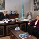 Türk akademisyene uluslararası diploma