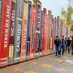 "Okula ""kitap"" gibi duvar"