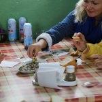 Yerleşik Ruslar Gazipaşa'da zeytinyağı fabrikası gezdi