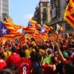 Katalonya'da eylemler başladı! Yollar kapatıldı