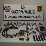 Sakarya'da kaçak mühimmat operasyonu