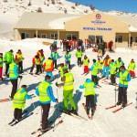 Büyükşehir'den ücretsiz kayak kursu