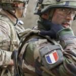 Fransa'da halkın yarısı 'bir asker cumhurbaşkanı olsun' dedi