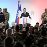 Fransız asker Macron'un yanında bayıldı!