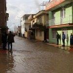 Manisa'da sağanak su baskınlarına neden oldu