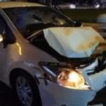 Feci kaza! Araçlar birbirine girdi: Yaralılar var