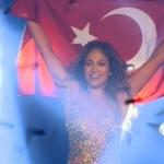 Jennifer Lopez'den Türkler'e jest!