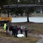 GÜNCELLEME - Adana'da otomobil Seyhan Baraj Gölü'ne devrildi