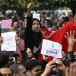 Tunus devrimi hedeflerinin ancak yarısında!