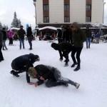 Ilgaz Dağı'nda öğrencilerin kar sevinci