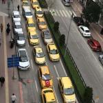 "Taksicilerden ""korsan taksi"" protestosu"