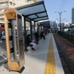Tramvay duraklarına solar şarj istasyonu