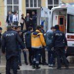 İki kardeş adliyede polislere tahra ile saldırdı