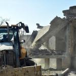 Kahramanmaraş'ta 80 metruk bina yıkıldı