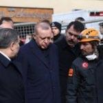 Erdoğan, Kartal'da enkazı inceledi: Almamız gereken dersler var...