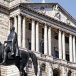 İngiltere Merkez Bankası, büyüme tahminlerini düşürdü