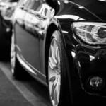 Otomobil ve hafif ticari araç pazarı Ocak'ta fren yaptı
