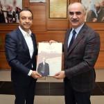 Milletvekili Özyürek'ten Başkan Aydın'a teşekkür ziyareti
