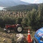 Devrilen traktörün altında kalan kişi öldü