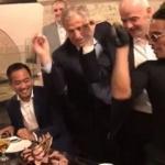 Nusret FIFA Başkanı'nı kendine hayran bıraktı!