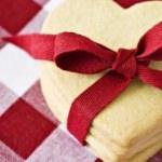 Kolay kalpli kurabiye nasıl yapılır?