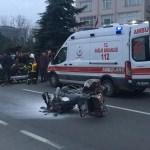 Ordu'da bariyere çarpan motosiklet alev aldı