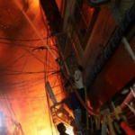 Bangladeş'in başkenti Dakka'da yangın faciası! En az 69 ölü