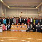 Safranbolu'da okullara spor malzemesi dağıtıldı