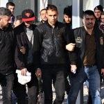 Yabancı uyruklu maskeli gasp şüphelileri yakalandı