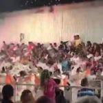 Dans grubu geçerken facia! Sahne çöktü: 34 yaralı!