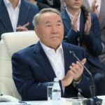 Kazakistan'da Nazarbayev hükümeti feshetti