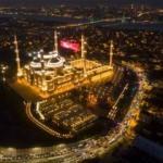 Çamlıca Camisi'nde Regaip Kandili... Drone çekimi