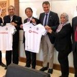 Fikret Orman iş birliği için Malezya'da!