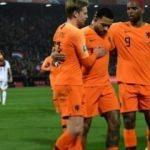 Hollanda gol şovla başladı!