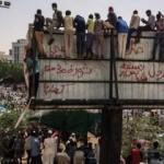Sudan'da El Beşir'in partisinden çağrı!