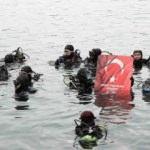 Engelli dalgıçlardan Şehit Polisler anısına vatan dalışı!