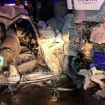 Feci kaza! Beton mikseri ile otomobil çarpıştı: 4 yaralı