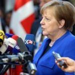 Merkel: Biz anlaşmalı bir çıkış için mücadele ediyoruz