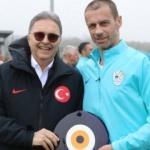 UEFA Başkanı Ceferin'den TFF'ye ziyaret