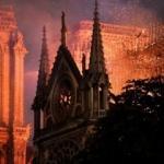 Notre Dame Katedrali yandı, kitabın satışı patladı
