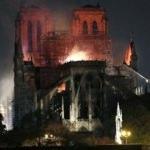 Macron Notre Dame için tarih verdi! Bağış yağdı!