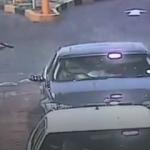 Çete üyeleri lüks araçtaki adama kurşun yağdırdı!