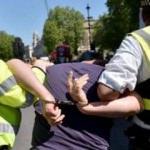 PKK yandaşlarına Londra polisi müdahalesi!