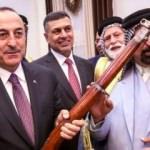 Çavuşoğlu'na Irak'ta çok özel hediye
