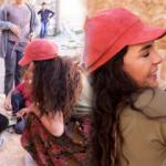 Ebru Şahin'den Midyat sokaklarına ziyaret!