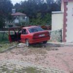 Otomobil bahçe duvarına çarptı: 5 yaralı