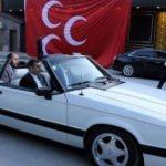 Bahçeli'nin hediye ettiği eski model otomobil Kayseri'de!